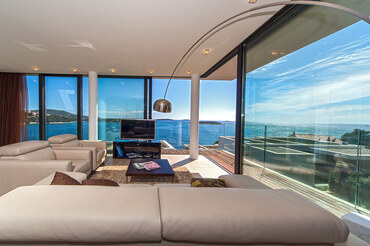 luxury VIP no. 3 Apartment Croatian coast  (1)