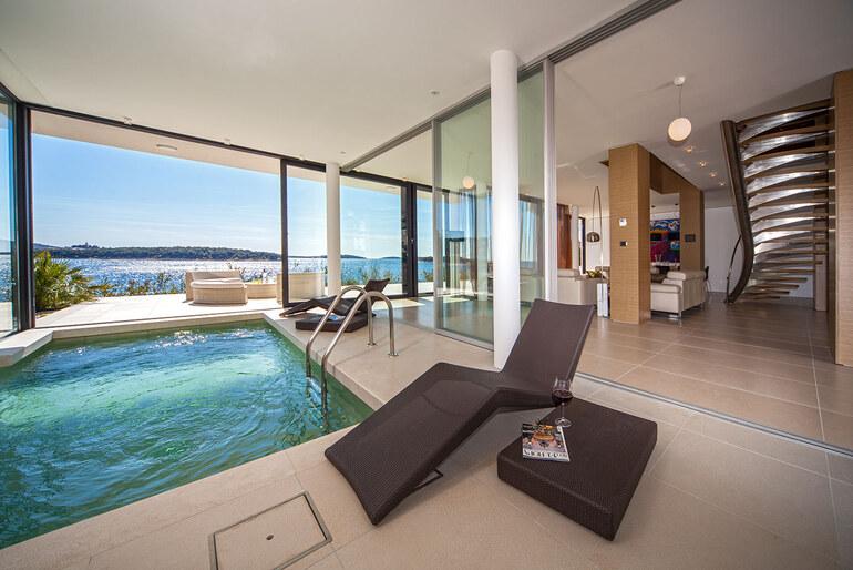 luxury vip villa on croatia coat with private beach. Black Bedroom Furniture Sets. Home Design Ideas