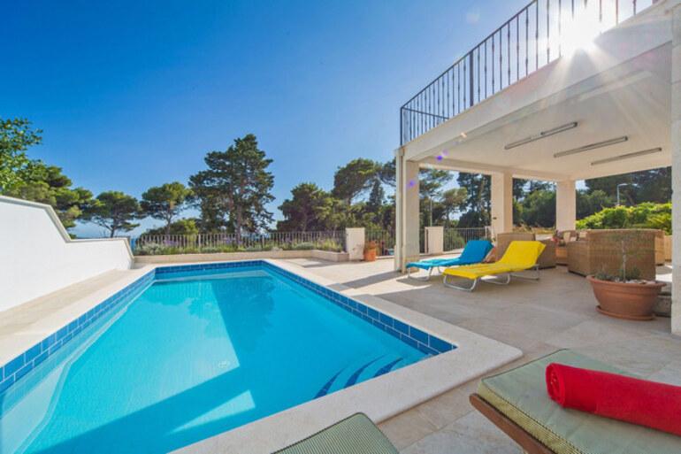 Holiday pool villa mlini makarska riviera for Riviera house