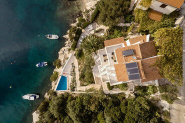 Seafront Croatia pool Holiday villa  (1)