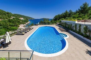 Croatia Beach Villa island Korcula Villa Mediteran pool seafront Vacation home Island of Korcula  (1)