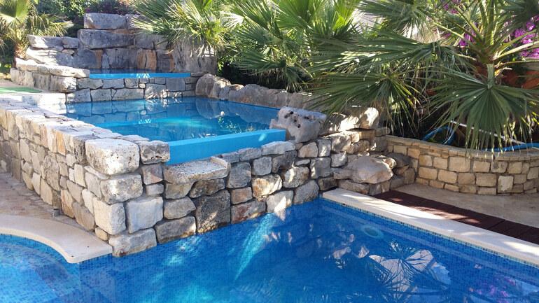 Holiday House Made Of Brac Stone Croatia