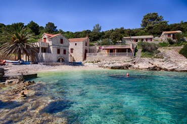 Vis island Beach house  (1)