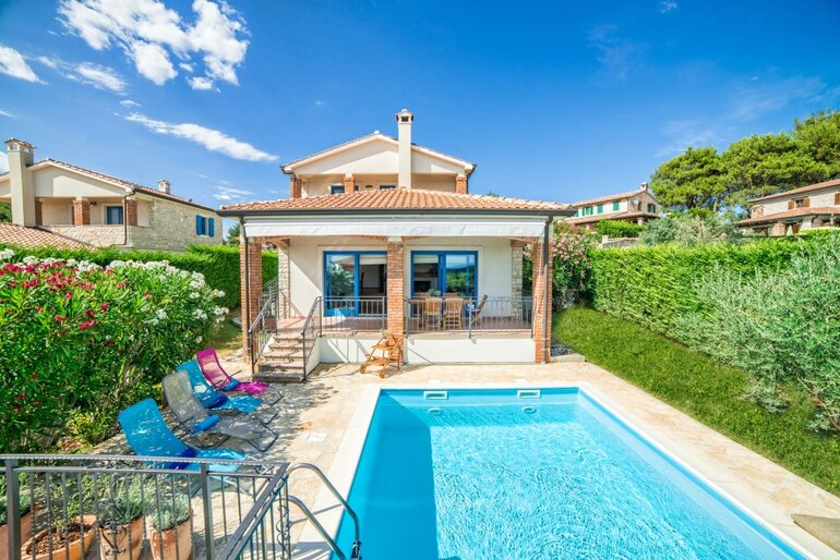 Holiday Villa Grisignana With Pool Groznjan Istria