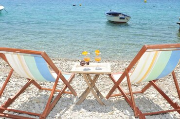 Croatia beach accommodation rental  (1)