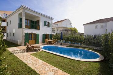Holiday Villa Rosemary Hvar (1)